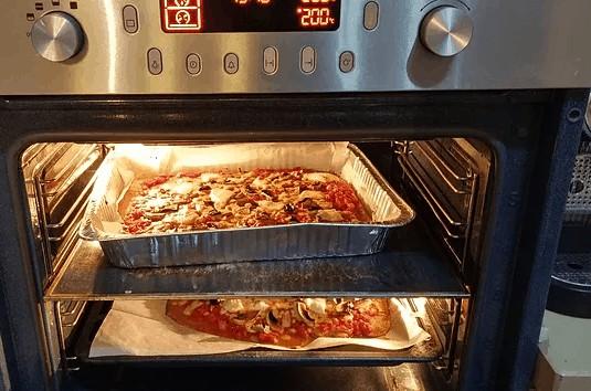 פיצה בריאה לקטנטנים - הפיצות בתנור
