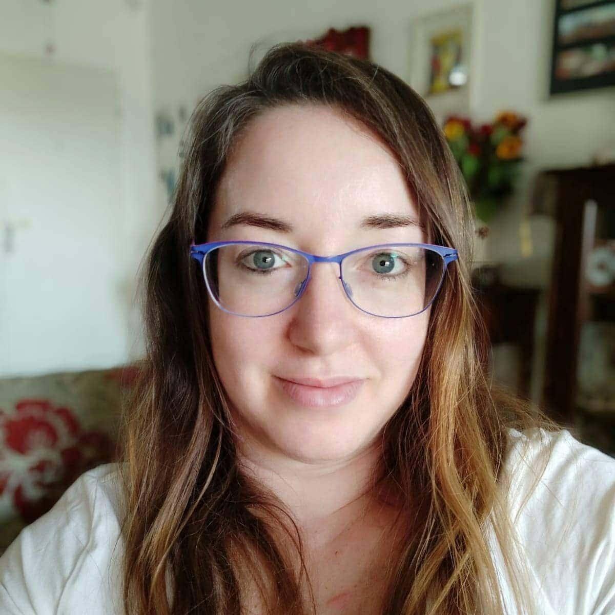 שרון גולן - יוצרת הבלוג